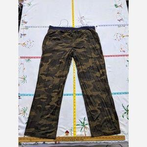 Men's XL GAP Stretchy Camo Pajama Pants